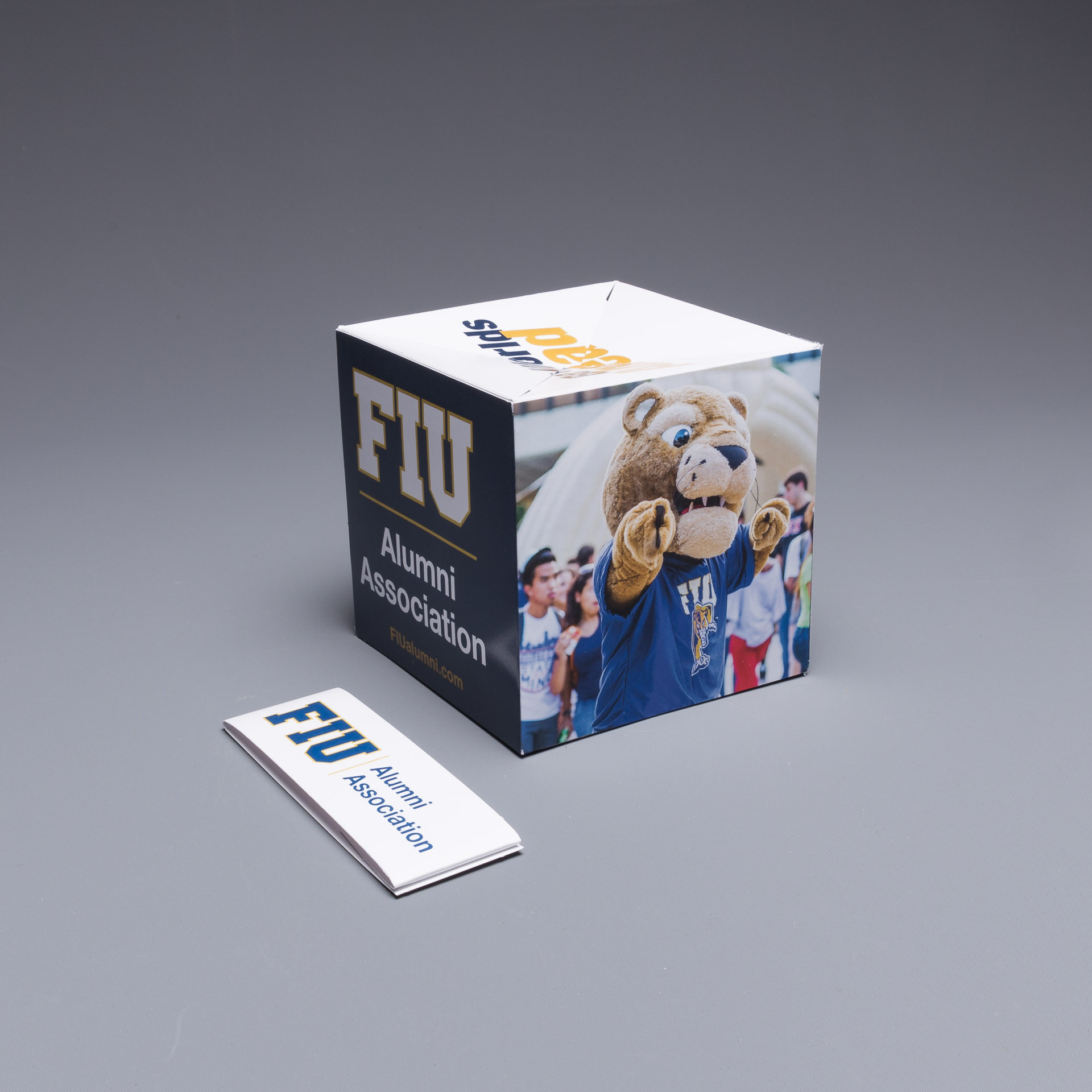 FIU Captures the Attention of Alumni with the Pop Up Cube