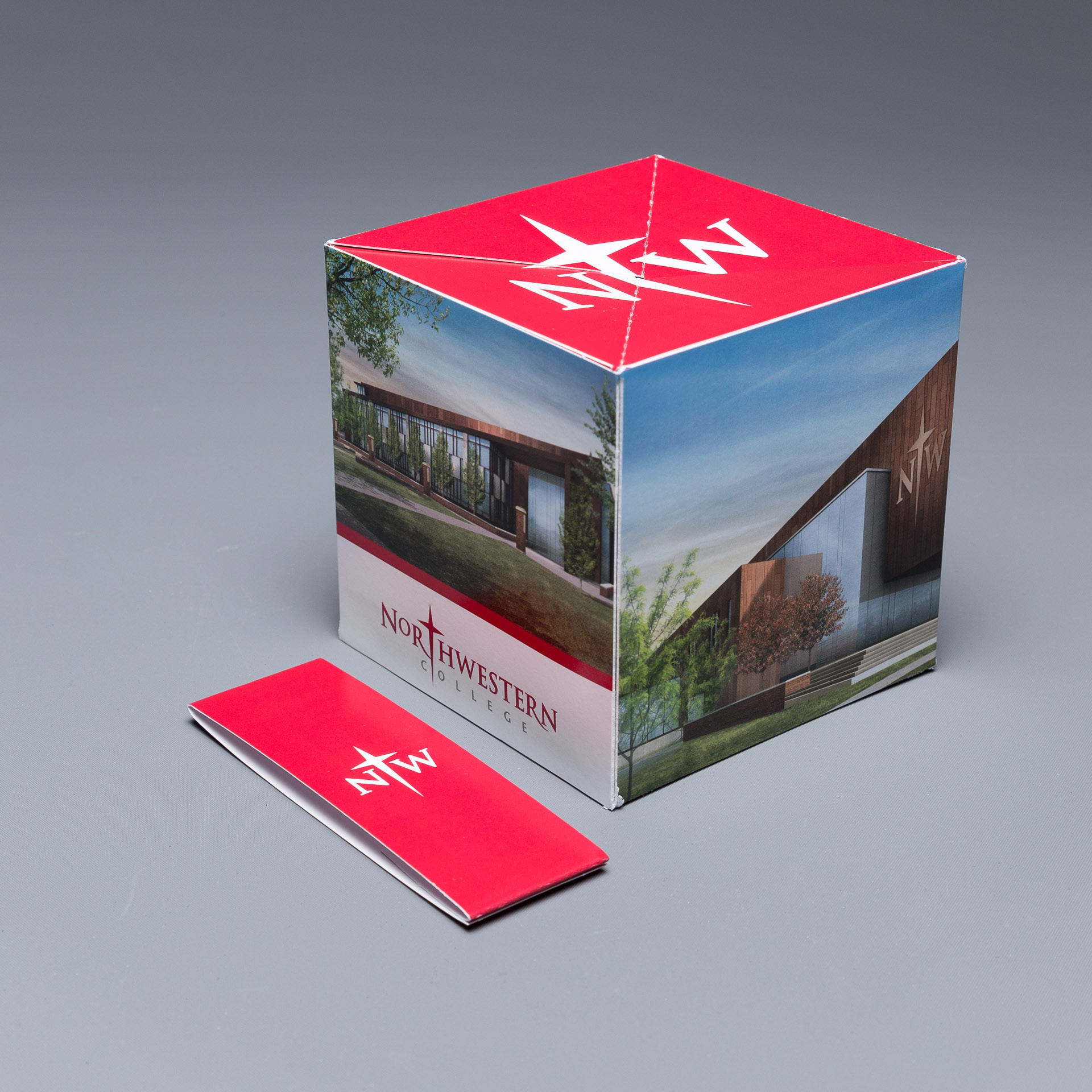 Northwestern College Uses the Pop Up Cube to Invite Donors to a Special Unveiling on Campus