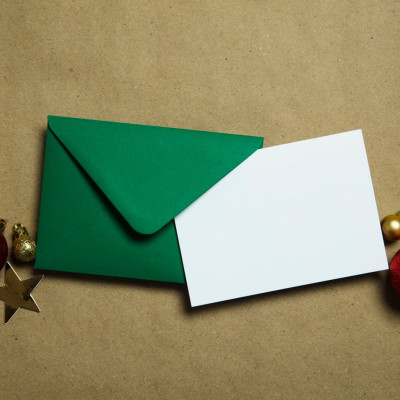 5 Rules To Follow When Sending Holiday Cards To Clients